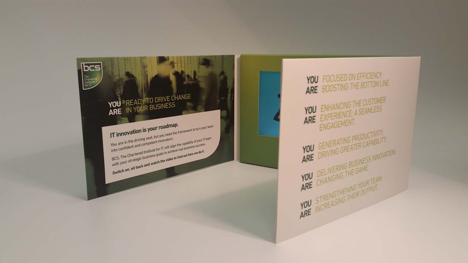 A5 Video Brochure 7 inch screen trifold